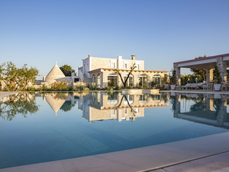 Leonardo Trulli resort puglia Hotel boutique charmantes