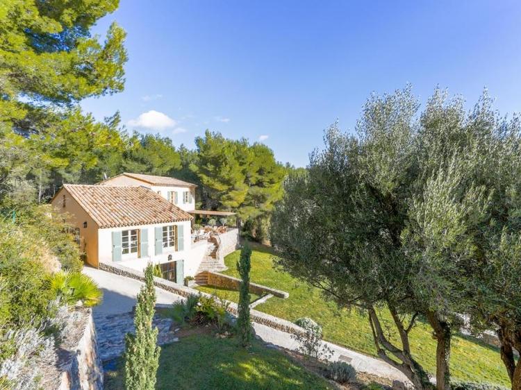 Villa des Oliviers   170 Chemin de la Tourelle, 83110 Sanary-sur-Mer, Ferien Hause
