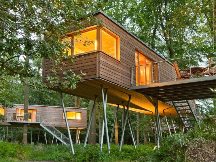 baumhaus hotel in deutschland