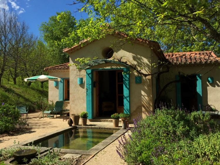 Haus und Rosengarten