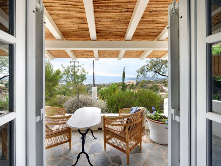 Romantic boutique guesthouse 'The Dutch Suite' (master bedroom and the private terraces)