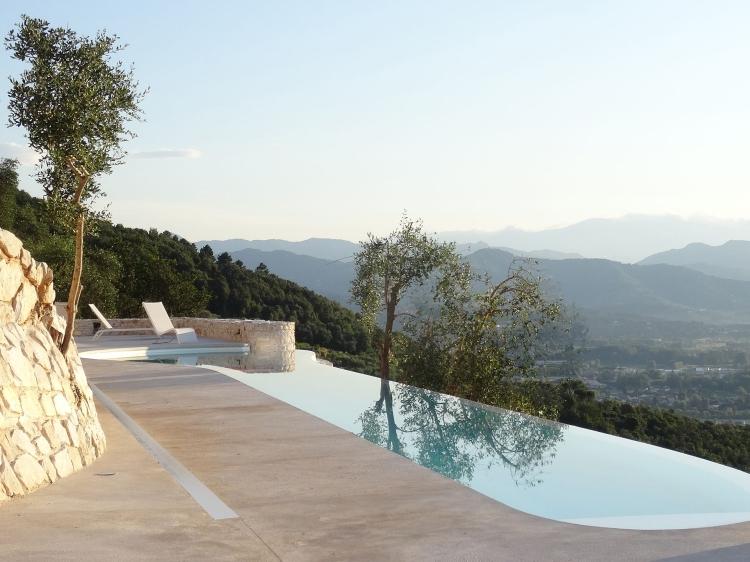 The Butterflies La Farfalla Lucca Italien Urlaub Panoramablick privater Jacuzzi Swimmingpool