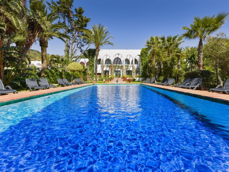Hurricane Tarifa Beach hotel