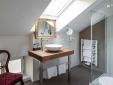 Bathroom Tower Suite