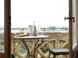 Chateau Les Carrasses best bouqitue luxury  self catering france