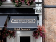 The Clerk and Well pub hotel london bar