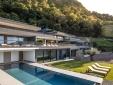 Wohnen Private Spa Villas Tirolo Meran italien terasse liegestühle