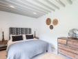 Mas des Oules_Dahlia living room