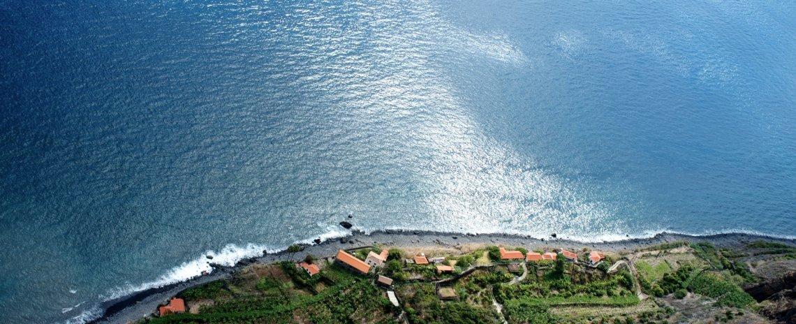 secretplaces sch ne kleine hotels und ferienwohnungen madeira porto santo portugal. Black Bedroom Furniture Sets. Home Design Ideas